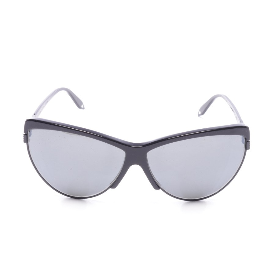 sunglasses from Victoria Beckham in black